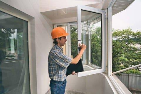 качество материалов и монтажа входных и межкомнатных дверей и окон